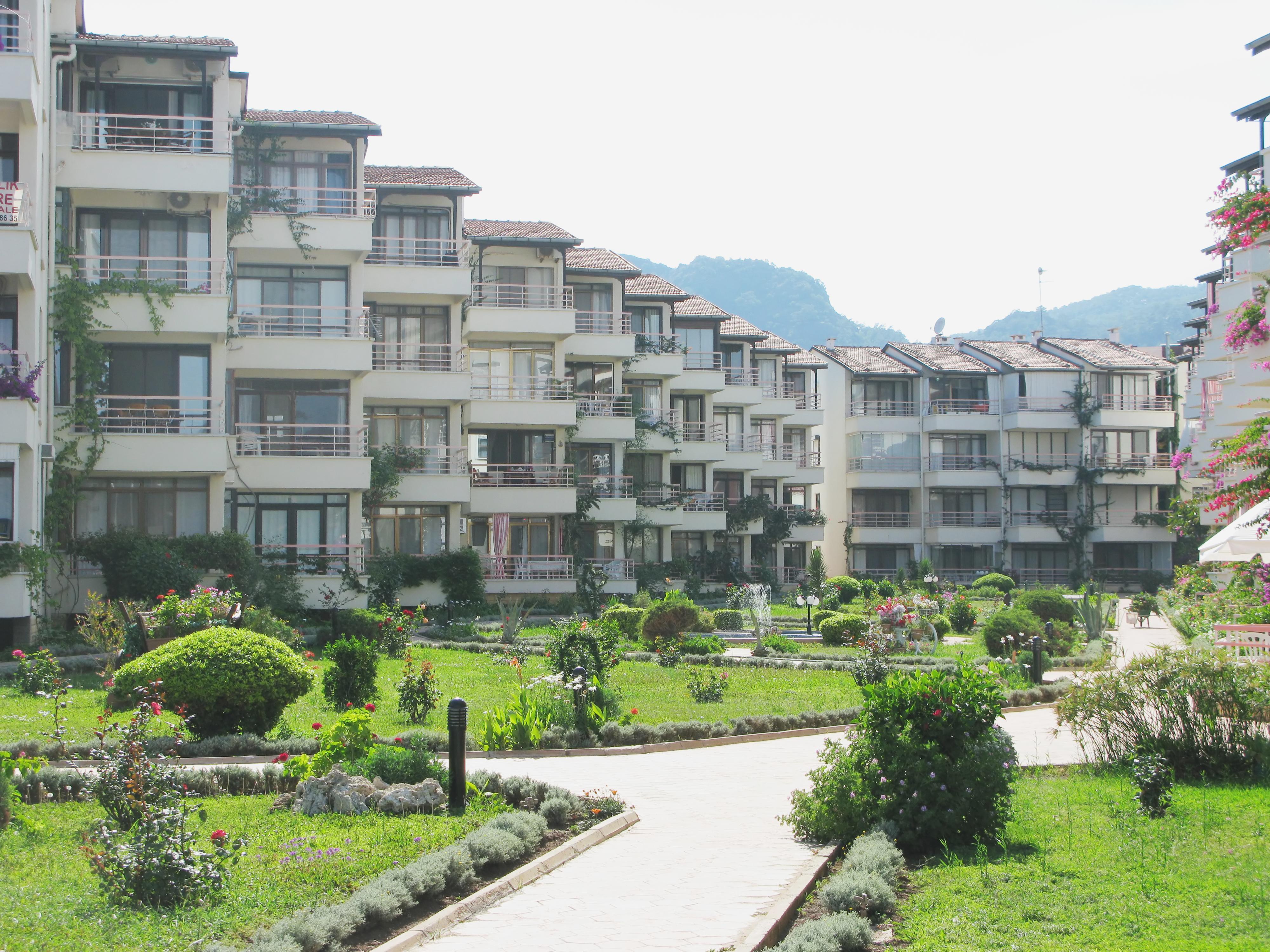 Apartment-Complex2